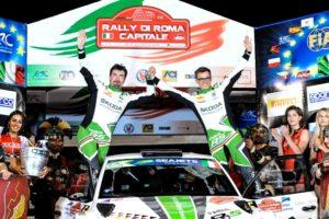 Das SKODA AUTO Deutschland Erfolgsduo Fabian Kreim und Frank Christian (D/D) bejubelt seinen ersten U28-Sieg in der FIA Rallye-Europameisterschaft (ERC) © Skoda Motorsport