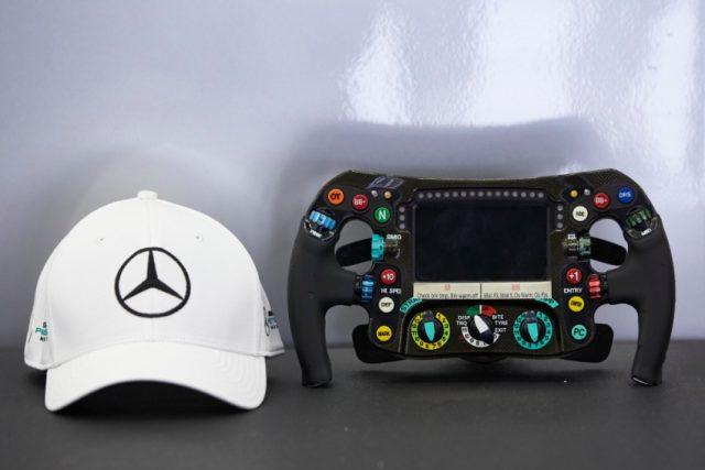 Formel 1 Lenkrad Mercedes Petronas Motorsport © Mercedes Petronas Motorsport
