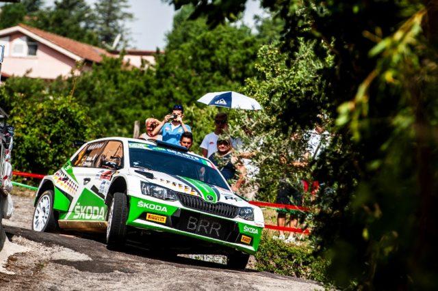 Die zweimaligen deutschen Meister triumphieren bei der Rally di Roma Capitale mit über einer Minute Vorsprung im SKODA FABIA R5. © Skoda Motorsport