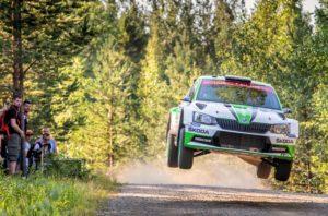 Skoda bei der Rallye Finnland Die finnischen SKODA Junioren Kalle Rovanperä/Jonne Halttunen führen bei ihrem Heimspiel die WRC 2- Zwischenwertung nach zwei Tagen an © Skoda Motorsport