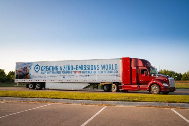 Toyota weiterentwickelter Brennstoffzellen LKW © Toyota