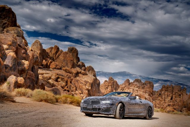 Heißlanderprobung des neuen BMW 8er Cabrio © BMW AG