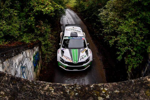Der SKODA FABIA R5 ist bei der EM-Rallye in Tschechien mit einem Dreifachsieg in U28-Kategorie wieder das überragende Auto © Skoda Motorsport
