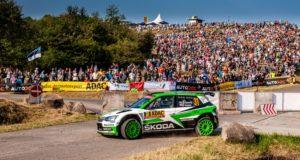SKODA bei der ADAC Rallye Deutschland 2018: Das finnische ŠKODA Junior Team Kalle Rovanperä/Jonne Halttunen (ŠKODA FABIA R5) übernahm am Samstag die Führung in der WRC 2-Kategorie © Skoda Motorsport