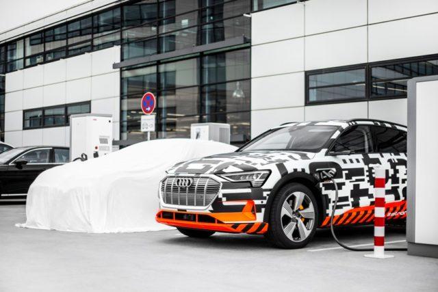 Audi e-tron Charging Service komplettiert Ladeangebot © AUDI AG