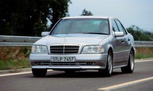 Mercedes-Benz C 36 AMG der Baureihe 202, Produktionszeit 1993 bis 1997 © Daimler AG