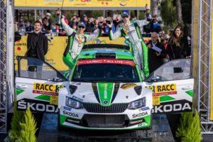 ŠKODA Junior Kalle Rovanperä und Beifahrer Jonne Halttunen (ŠKODA FABIA R5) gewannen die WRC 2-Kategorie bei der Rallye Spanien. © Skoda Motorsport