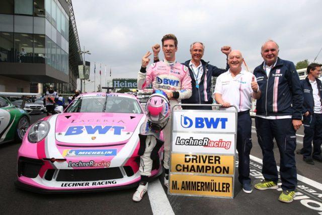 Michael Ammermüller (D), BWT Lechner Racing, Erwin Kickmaier, Walter Lechner sen., Franz Maier, Porsche Mobil 1 Supercup, Mexiko 2018 © Porsche Motorsport