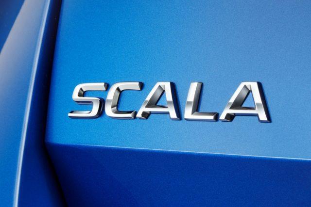Skoda SCALA: neuer Name für neues Kompaktmodell. Der Name stammt vom lateinischen Wort ,scala', zu Deutsch ,Treppe' oder ,Leiter', und steht für den nächsten Schritt nach vorne, den der tschechische Automobilhersteller mit seinem brandneuen Modell geht © Skoda